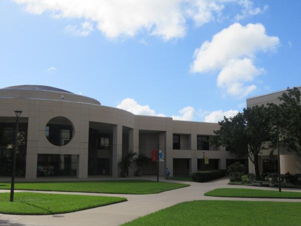 バレンシアカレッジイーストキャンパス